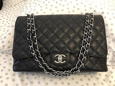 9235aea7e7 AUTHENTIC CHANEL IRIDESCENT Caviar Quilted Classic Zip Pouch Black ...