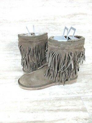 c1fcd6e0886 KOOLABURRA BY UGG Cable Short Women's Winter Boots Brown Fringe 1015897  Size: 11