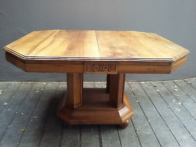 Superb table period Art Deco walnut