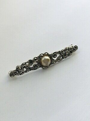 Beautiful Vintage Marked Sterling Silver,Faux Pearl & Marcasite Brooch 6.39gr