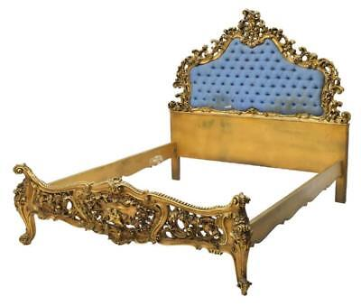 19th C. ITALIAN LOUIS XV STYLE HEAVILY CARVED GILT BED Lot 159Y