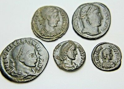 LATER ROMAN IMPERIAL AE FOLLIS. LOT OF FIVE.  2v83