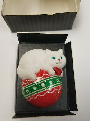 Vintage Avon Cuddly Kitty Musical Pin (1992) - NIB