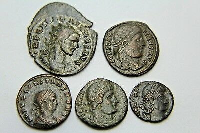 LATER ROMAN IMPERIAL AE FOLLIS. LOT OF FIVE.   2v87