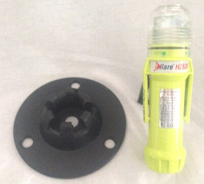 Eflare HZ520 LED - Steady On - Safety Light Green  with Base Mount