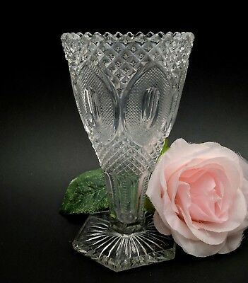 Vintage Antique Vase Footed Sawtooth Diamond Point Large Oval Pattern Clear 6""