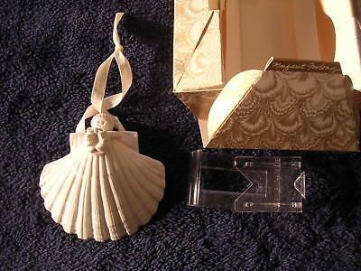 "1985 Margaret Furlong Wreath 4"" Shell Angel Bisque Christmas Tree Ornament"