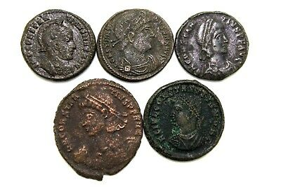 LOT OF FIVE ROMAN IMPERIAL COINS. FOR CLEANING.  1v653