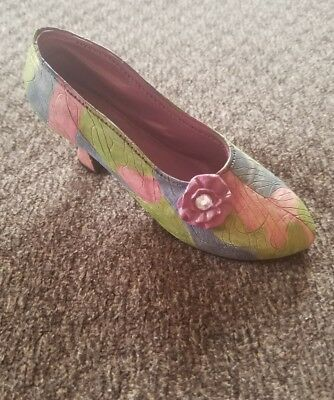 Just The Right Shoe Collection by Raine 1999 Rose Court 25009 NEW