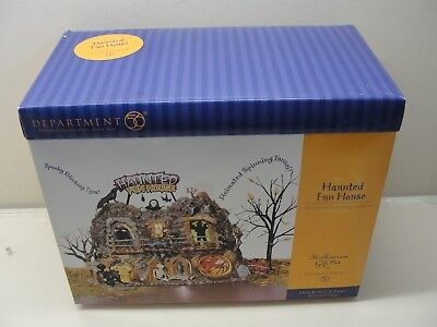 2001 Department 56 Snow Village Halloween Haunted Fun House