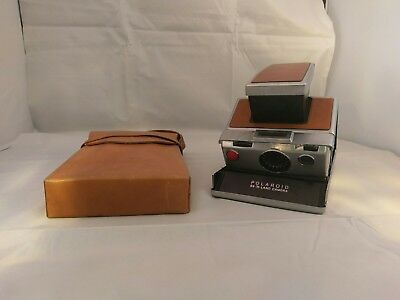 Polaroid SX-70 Land Camera - Brown with case, great condition