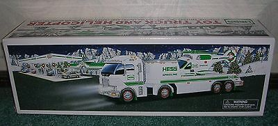 2006 Hess Toy Truck & Helicopter New In Box Holiday Tradition Lights Ramp