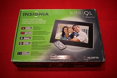 """Digital Picture Photo Frame Insignia NS-DPF9G, 2GB Memory Opened Box Unused 9"""""""