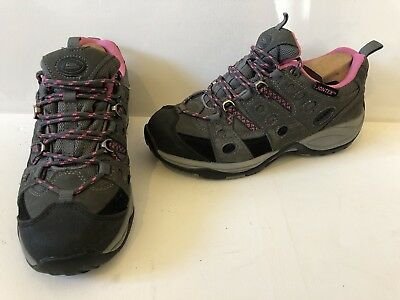 b6ecca4d81a Johns Cliffe Cascade Approach Waterproof Walking Hiking Shoes Size UK 6 EU  39
