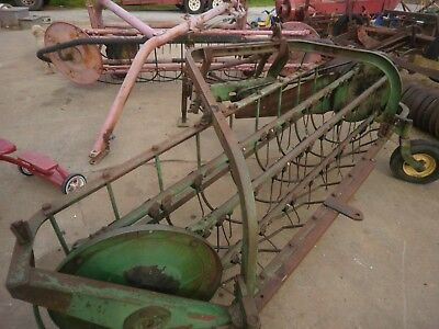 John Deere 350 Bar Hay Rake Pull Type Good