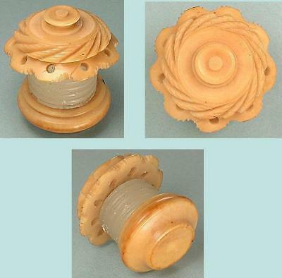 Antique Vegetable Ivory Thread Waxer * English * Circa 1880