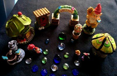 Deluxe-Fairy-Garden-Set-Starter-Kit-Houses-Gnome-House-Outhouse-Sign-Mini's #26
