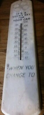 """Vintage Quaker State Motor Oil Thermometer """"It's a Lucky Day"""" Metal Sign"""