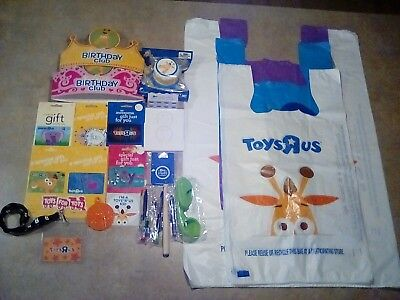 Exclusive Toys R Us Collection 50pcs w/ Geoffrey Squish-Dee-Lish! *New Quality*