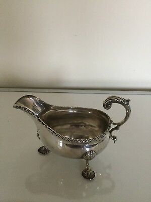 Solid Silver Beaded Edged Gravy Boat On Three Shell Feet (London  1901)