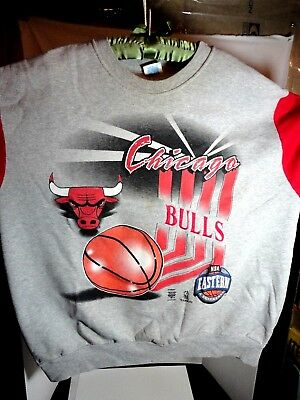 VTG 80s 90s CHICAGO BULLS CREW NECK SWEATSHIRT NBA Teamwork Brand