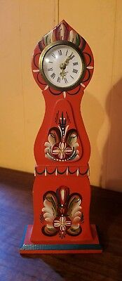 Swedish Art Wood Carving Clock Grannas A. Olssons Akta Dala Hemslojd RARE
