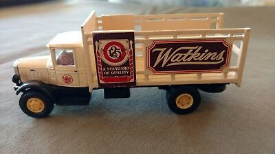 Watkins 1991 Die Cast Truck 1/64 Scale American Highway Legends Mack Model BM