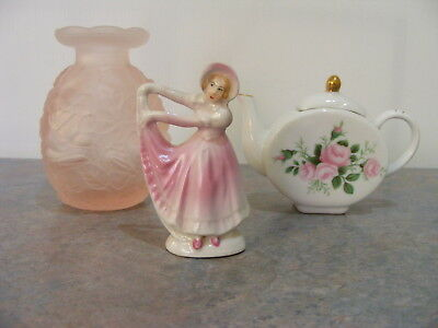 3 Small Vintage Pretty Ceramic and Glass Oddments Ornaments Collectables - VGC
