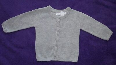 Baby boys / girls size 0 grey knitted cotton cardigan Brand New