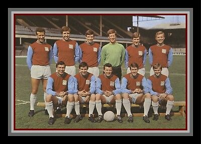 Collectors/Photograph/Print/7 x 5 Photo/West Ham United c1963 Team Photo