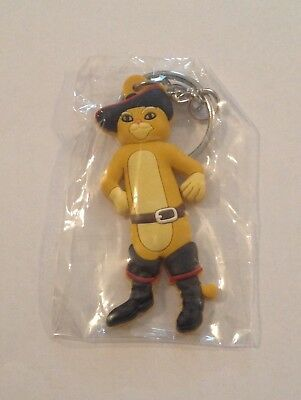 RARE! Puss In Boots Keychain DreamWorks Animation Shrek NEW!