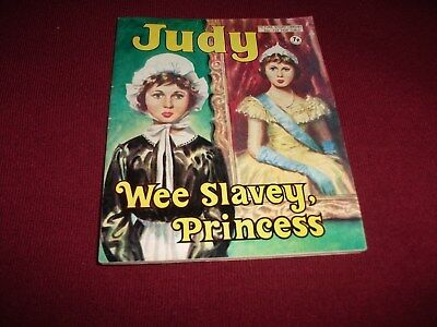 EARLY JUDY  PICTURE STORY LIBRARY BOOK  from 1970's - never been read!