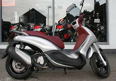 2015 Piaggio Beverly SPORT TOURING 350 with EXTRAS at Teasdale Motorcycles