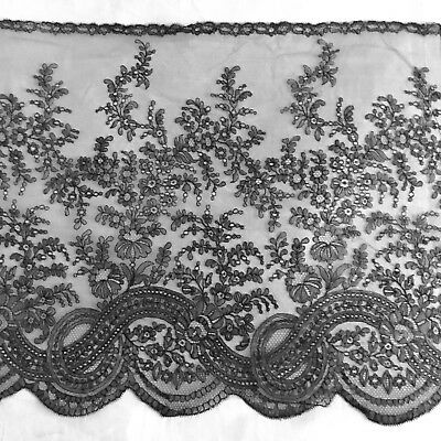 Antique Victorian Chantilly Lace Flounce.188 X19 Inches Or 4.78 Metres X 48.5 Cm
