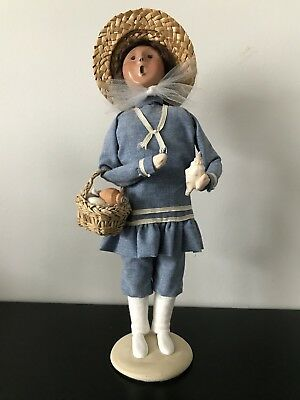 "Byers Choice Carolers Nautical Seashell Girl Beach 13"" Signed. Dated 2002."