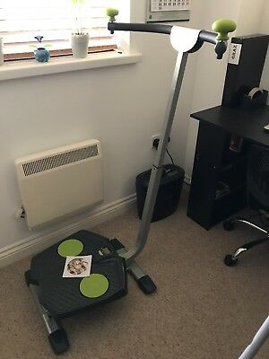 Twist And Shape Exercise Machine. Hardly used     Perfect condition