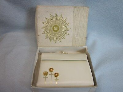 Vintage Lady Buxton French Purse Wallet Cowhide True White Yellow Flowers