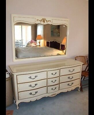 Vintage French Provincial Dresser & Mirror by Thomasville 1966