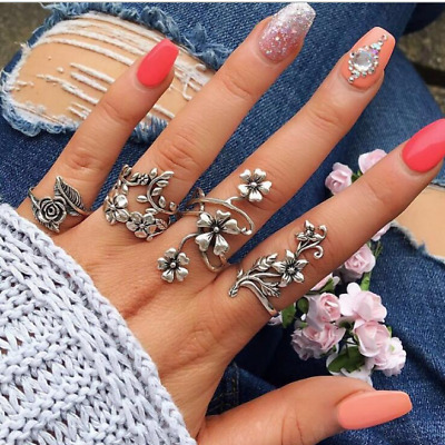 4Pcs Fashion Women Personality Ancient Silver Forest Vine Leaves Flowers Rings