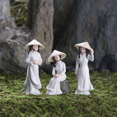 Miniature Dollhouse FAIRY GARDEN - Ao Dai Girls - Set of 3 - Accessories
