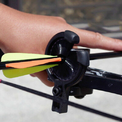 Pro Black Archery Drop Far Away Biscuit Arrow Hand Brush Whiskers Compound Bow