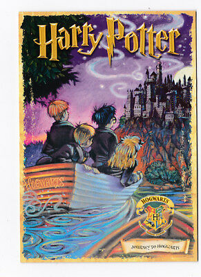 HARRY POTTER  carte postale n° PC0409 EDITEE EN 2001 JOURNEY TO HOGWARTS