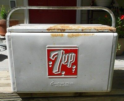 1950s 7UP Cooler Cromstroms Mfg. Co. Mpls, Minn. No.12