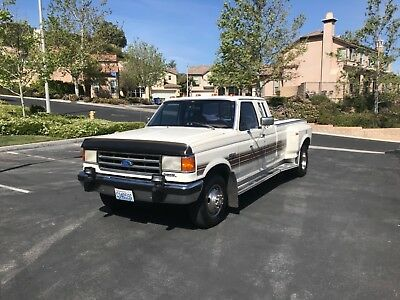 1991 Ford F-350  Ford F350 Lariat Duelly Diesel 5th wheel hitch