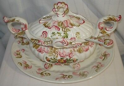 Bassano Lidded Soup Tureen With Underplate And Ladle (Italy)