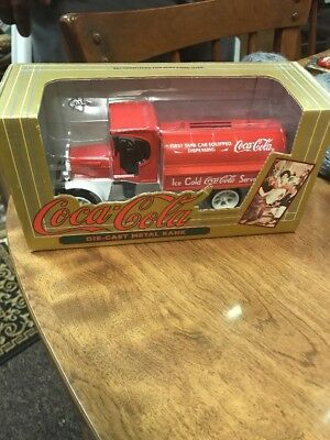 ERTL Coca-Cola Kenworth Tanker RED Delivery Truck DieCast Bank  1994 Excellent