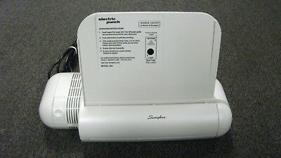 Swingline Model 525 Electric 3 Hole Punch, 8.5 Inch 20 Sheet Capacity. Tested.