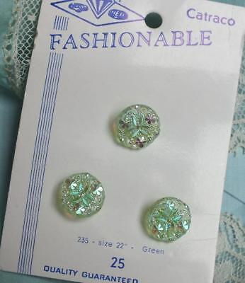 TRIO VINTAGE Iridescent SHAMROCK Crystal GREEN Button CARD Fashionable Catraco