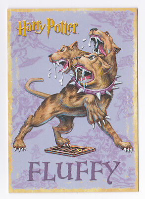 HARRY POTTER  carte postale n° PC0410 EDITEE EN 2001 TOUFFU chien 3 tetes FLUFFY