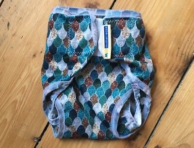 Motherease rikki wrap. Mermaid design. Size small. Excellent condition.
